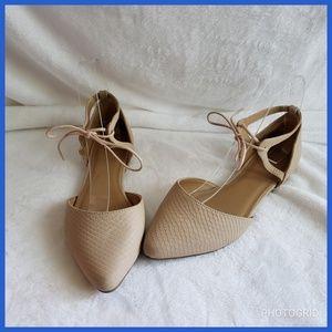 Gap Tie Ankle Flats